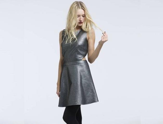 la robe de soir e id ale pour les f tes de fin d ann e. Black Bedroom Furniture Sets. Home Design Ideas